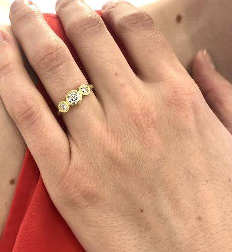 Gold Etched Round Three Stone Ring